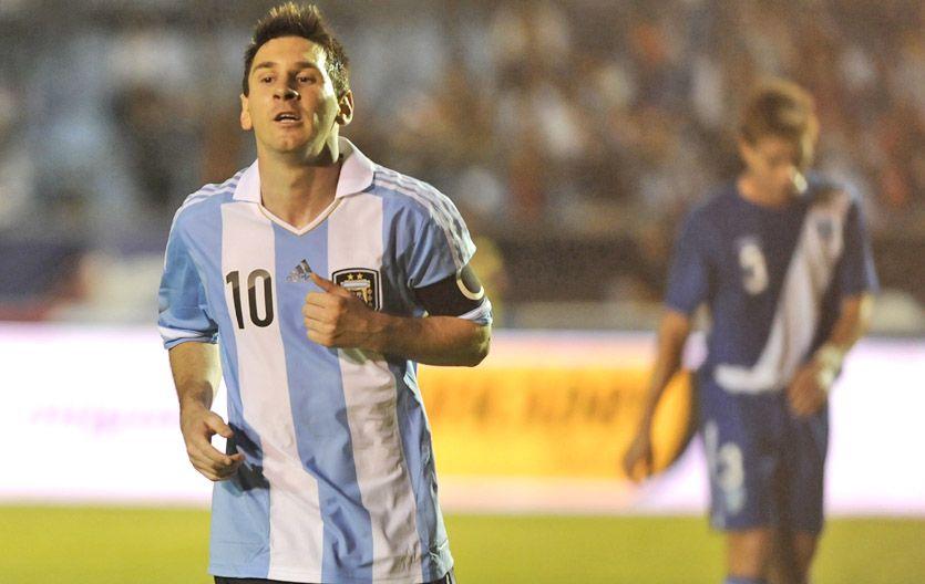 Gritó por triplicado. Messi marcó tres tantos frente a Guatemala.