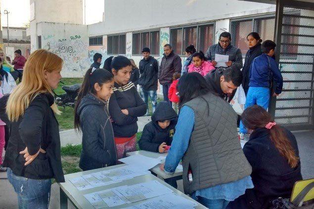En el lugar. Más de 170 vecinos realizaron trámites relacionados al DNI.