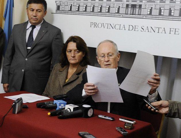 Ana Viglione y el ministro de Seguridad Raúl Lamberto. Los coletazos del narcotráfico sacuden al gobierno provincial. (Foto: Silvina Salinas).