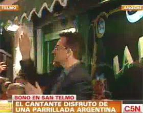 Bono se peinó para la foto pero en realidad esperaban a Barreda (Video)