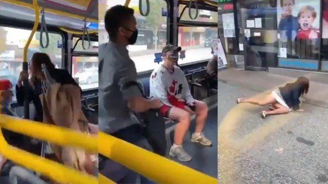 El escupitajo de la mujer a otro pasajero quedó registrado en un video que se volvió viral.