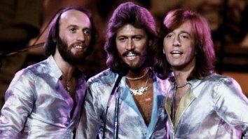 """Los hermanos Maurice, Barry y Robin Gibb marcaron una época. El documental con temas como """"Staying Alive, """"How Deep is Your Love"""" y """"To Love Somebody""""."""