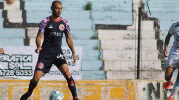 Defensor: El juvenil Biñale marcó dos tantos en el amistoso ante Sportivo en Las Parejas donde los charrúas se quedaron con el triunfo por 3 a 2.