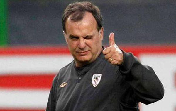 La información pone fin al sueño de Santos de tener al Loco como director técnico del club.