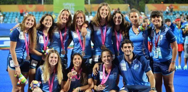 Para el bronce. El equipo de hockey sobre césped femenino venció a Japón 5 a 2 y se colgó la medalla en China.
