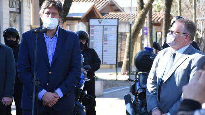 El intendente Santacroce destacó el compromiso del gobierno provincial en la entrega de las motos por parte de Jorge Lagna.