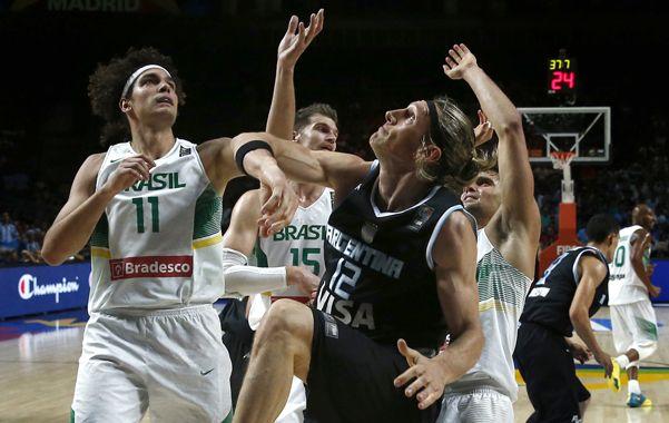 El seleccionado argentino cayó ayer ante su par de Brasil por 85 a 65 y quedó eliminado en octavos de final en el Mundial España 2014.