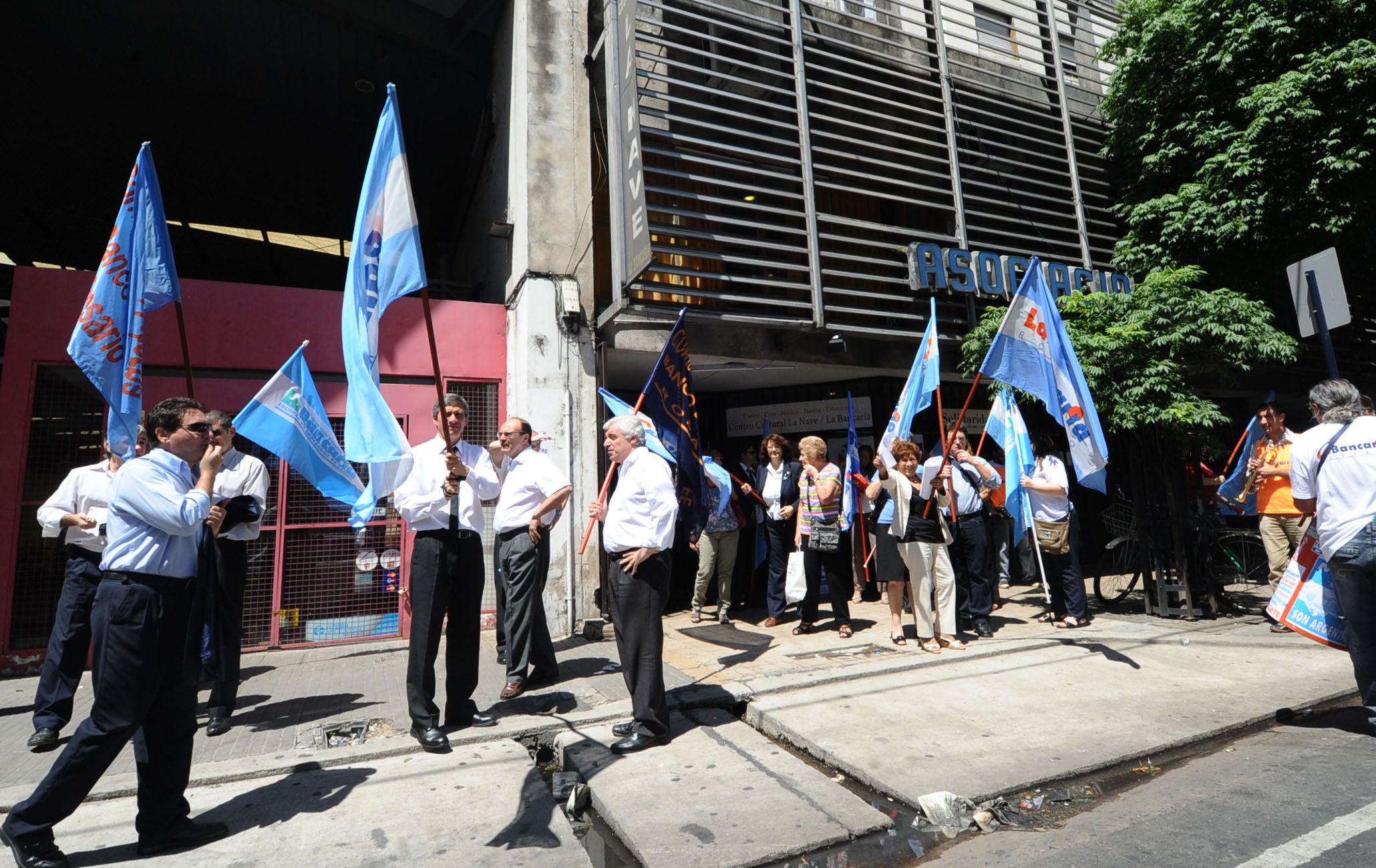Los bancarios rosarinos se movilizarán hoy desde las 10 por las calles del centro.