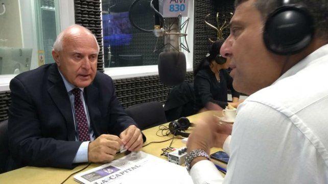 El gobernador Miguel Lifschitz en los estudios de La Ocho.