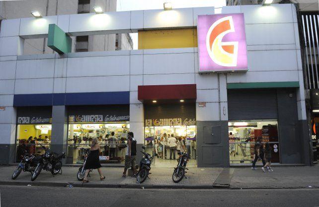 La cadena de supermercados La Gallega finalmente no abrirá sus puertas el domingo