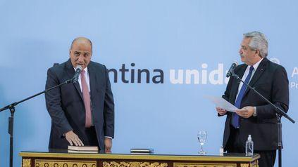 El tucumano prestó juramento como jefe de ministros.