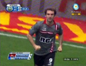 Estudiantes derrotó 3 a 0 a Rafaela y Boca festeja porque puede alejarse