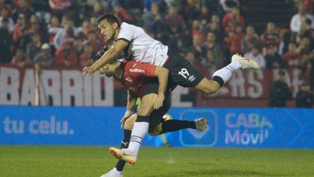 No cumplió. Oviedo no respondió con la rojinegra y por eso dejó la entidad.