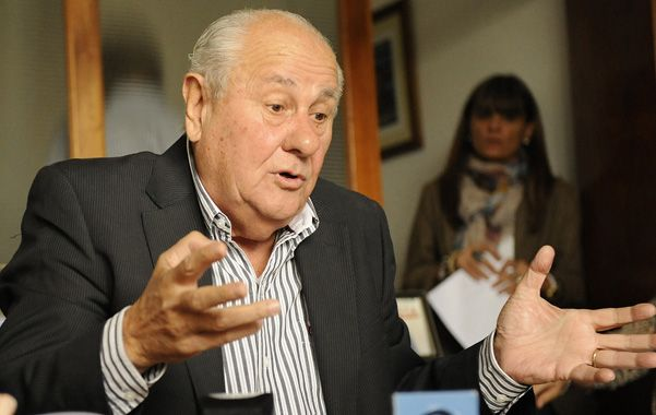Presentación. Cavallero anunció la iniciaitiva en el Palacio Vasallo.