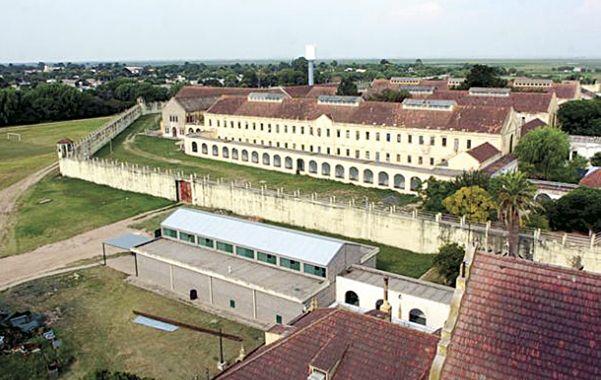 El presidio. La evasión se habría concretado entre las 21 y las 22 del miércoles. Un custodio externo la advirtió.