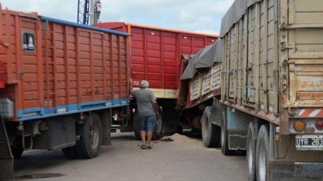 Con la pandemia y la disminución del tránsito liviano, aumentan los choques de vehículos pesados.