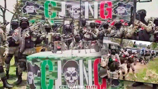 Exhibición de poder. Los narcos del cártel de Jalisco Nueva Generación se muestran uniformados como tropas militares.