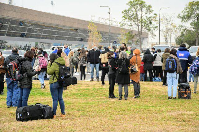 Había unos doscientos pasajeros que debían viajar a Neuquén.