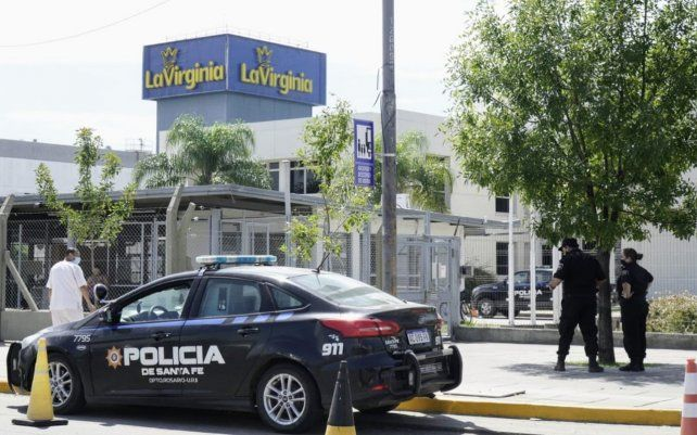 La policía trabaja en la planta de La Virginia
