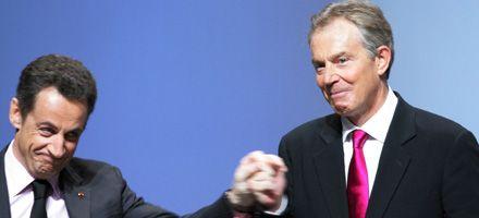 Sarkozy apoya a Blair para un papel importante en Europa