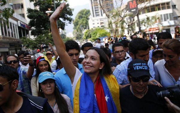 La vuelta. La legisladora opositora fue destituida tras intentar explicar en la OEA la situación política venezolana.
