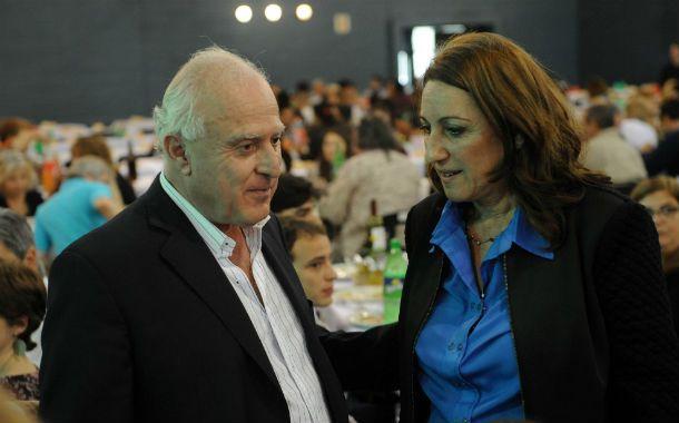 La intendenta Mónica Fein junto al senador departamental y candidato a gobernador