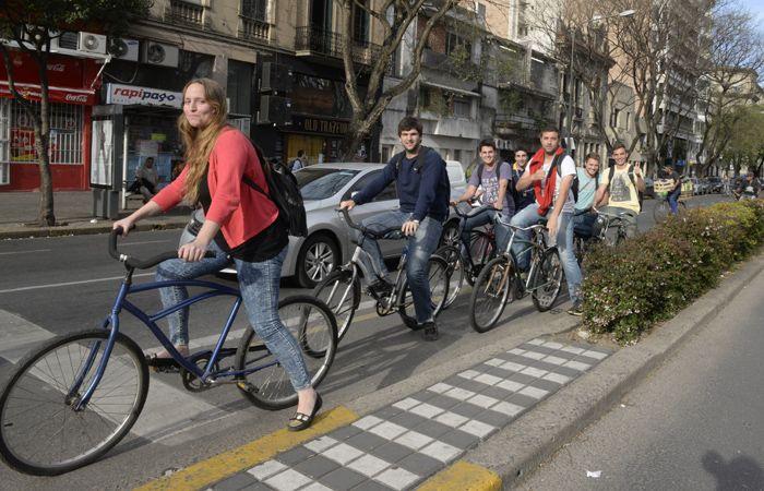 Reclaman seguridad para los ciclistas rosarinos.