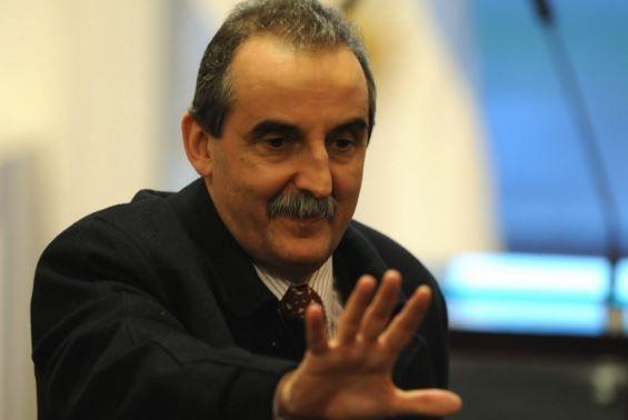 El juez los investiga por presuntas maniobras para perjudicar a distintas empresas del Grupo Clarín.