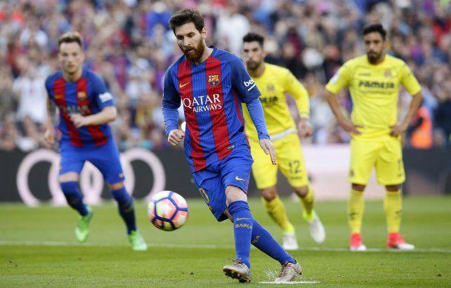 Con un doblete de Messi, Barcelona goleó al Villarreal y se mantiene bien arriba