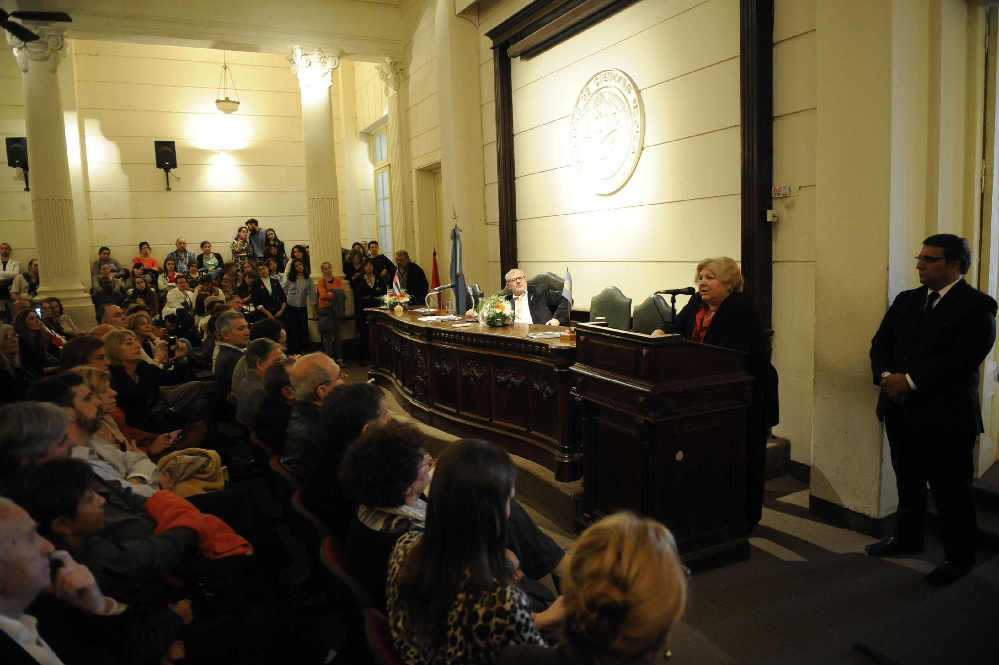 La hija del Che recordó la hermandad cubano-argentina a partir del nacimiento de su padre en Rosario.