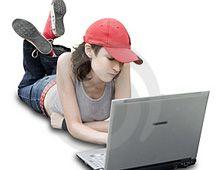 Cuidado: que tu hija no se vaya a crear un imagen sexy en Internet