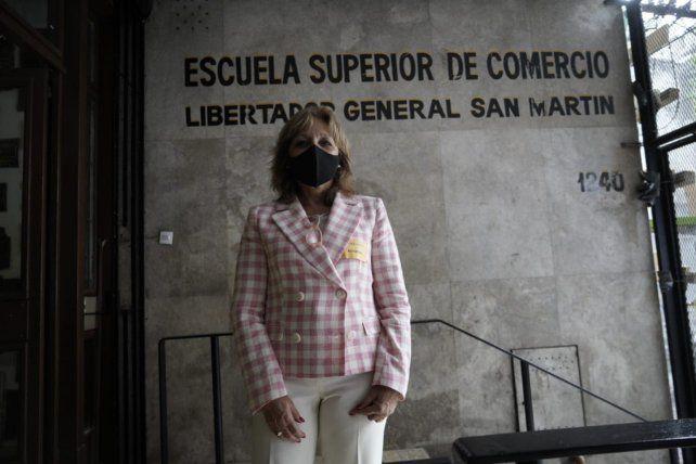 Desde hace 22 años Graciela Zamboni es la directora del Superior de Comercio. Planteó las novedades del examen de este años,
