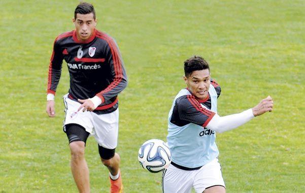 A full. Ramiro Funes Mori y Teo Gutiérrez serán titulares esta noche en el trascendental partido de River ante Tigres.