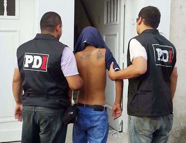 Apresado. El joven fue detenido en un allanamiento en su domicilio.
