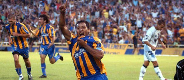 Viejos tiempos. El volante Hernán Encina retorna al club en el que nació futbolísticamente.