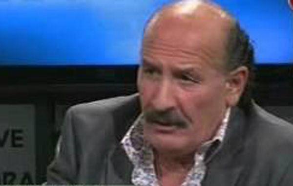 """El  riojano arremetió contra el periodista de América TV gritando: """"Yo sé  que a vos te pagan para hablar boludeces"""