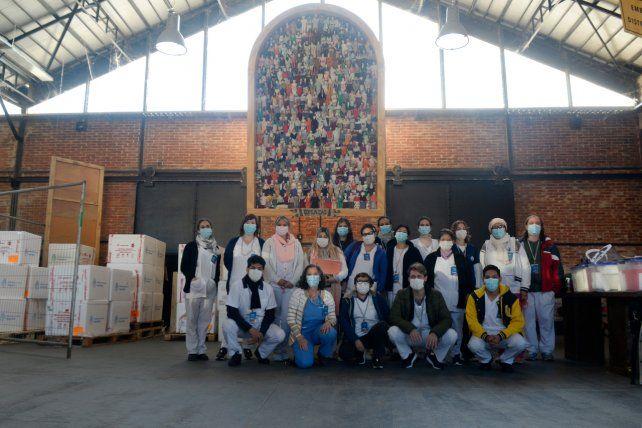 Bajo la obra Comunidad de María de los Angeles Gonzalez