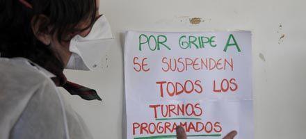 Ya hay dos muertos por gripe A en Rosario y estudian suspender las clases