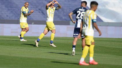 Alan Marinelli festeja su gol que le dio algo de aire a Central.