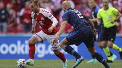 Christian Eriksen en acción esta tarde ante Finlandia.
