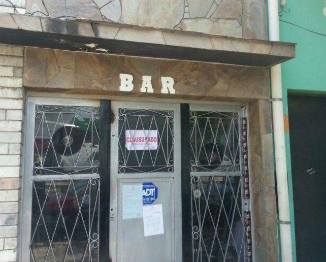 No va más. El bar clausurado funcionaba en Provincias Unidas al 2200.
