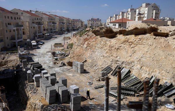 Las tareas de construcción de nuevas viviendas en un asentamiento judío en Cisjordania.