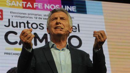 """El oficialismo acusa a Macri de haber hecho """"trampa"""" a favor de su familia."""