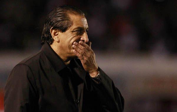 El técnico millonario quedó envuelto en fuertes críticas después de la eliminación de la Sudamericana.