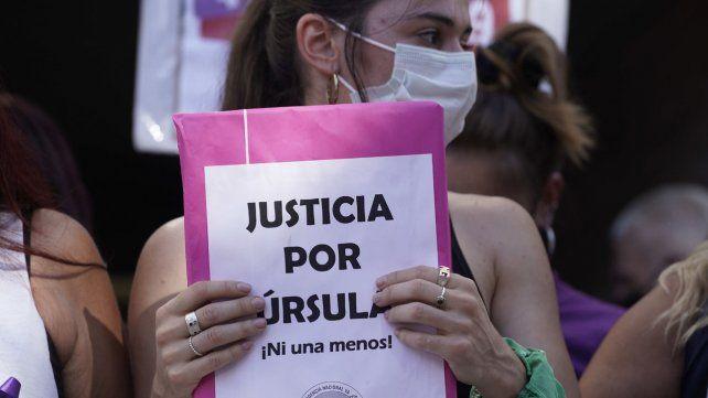 En Rosario y el resto del país se marchó este miércoles para pedir justicia por el femicidio de Ursula Bahillo.