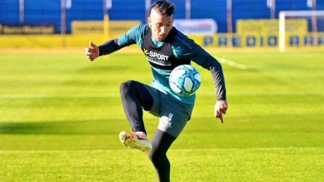 Martínez fue titular en en ensayo táctico ordenado por el Kily.