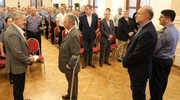 El ministro Sain le tomó juramento al jefe de policía que había elegido el gobernador Perotti.