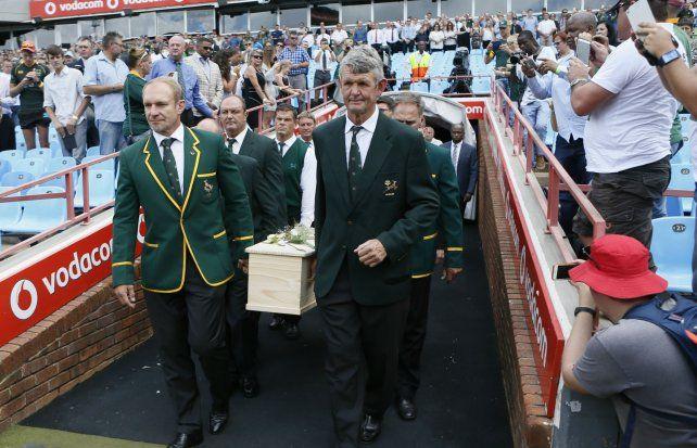 El histórico medioscrum sudafricano fue despedido Loftus Versfeld.