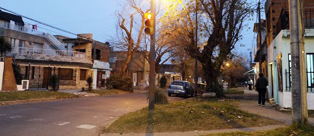 La esquina de Matienzo y Pellegrini donde cayó sin vida Ariel H. el pasado 21 de enero. (Foto: Héctor Río)