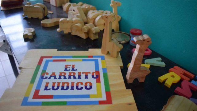 Jóvenes diseñaron un juguete para la estimulación temprana
